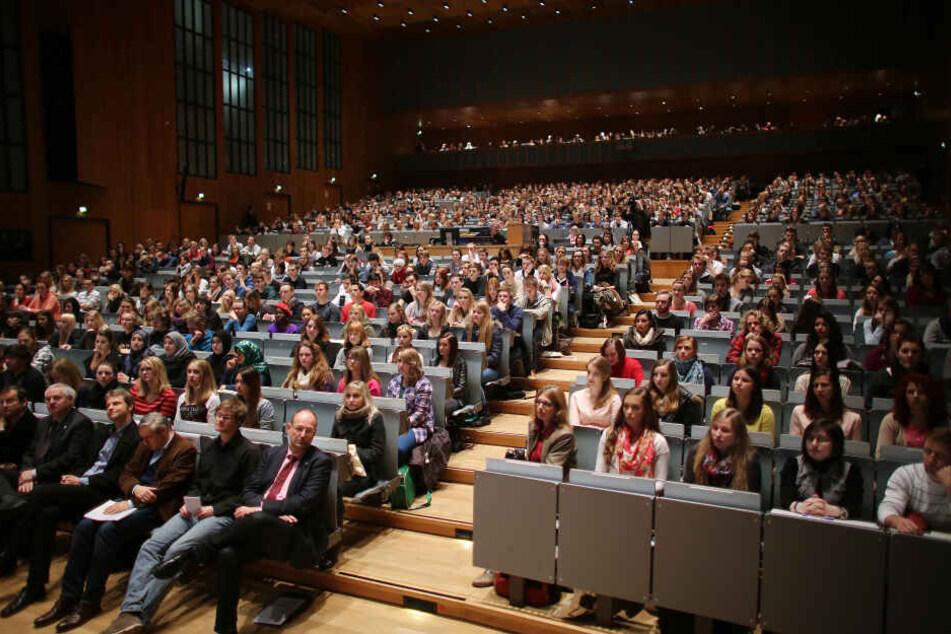 """Entscheidung erwartet: Welche Uni in NRW wird """"exzellent""""?"""
