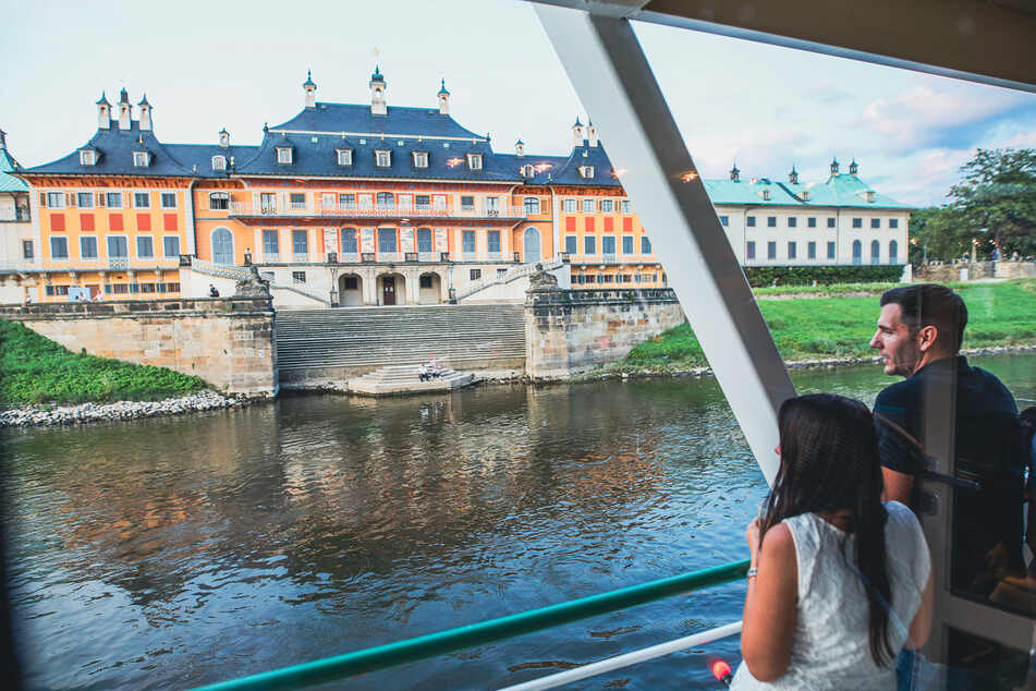 Vorbei ging es unter anderem am Pillnitzer Schloss.