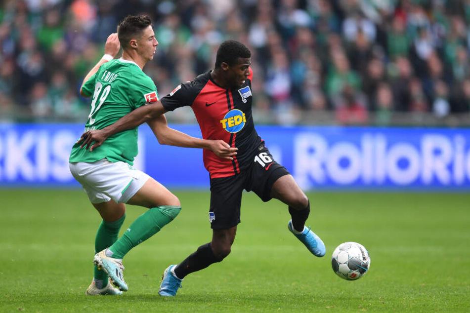 Herthas Javairo Dilrosun (r.) blieb im Auswärtsspiel bei Werder Bremen eher blass.