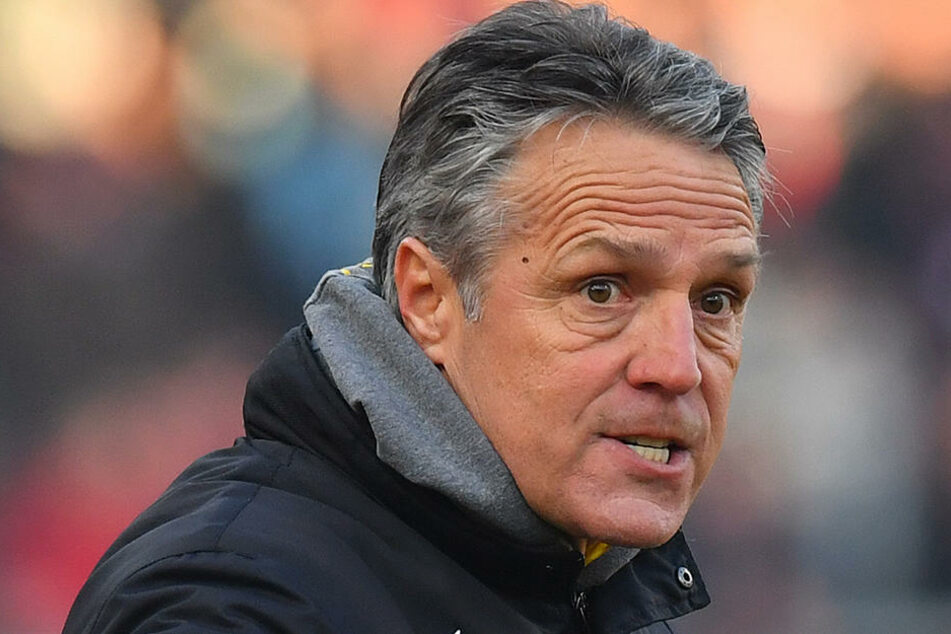 """""""Jeder versucht das Maximale zu erreichen"""", sagt Uwe Neuhaus vor dem Derby gegen seinen Ex-Club."""
