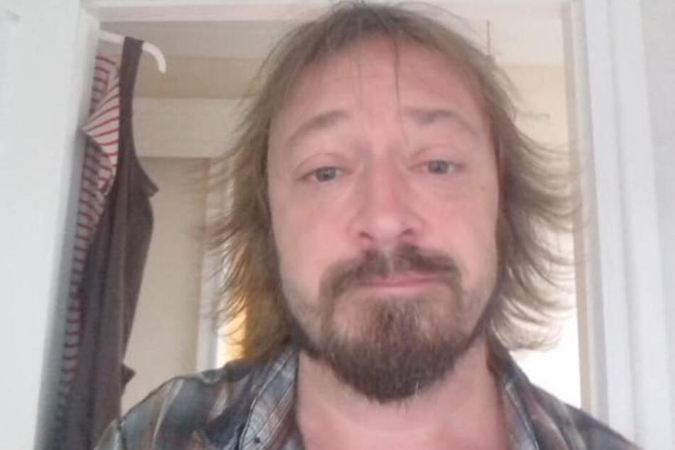 Gene Davies (47) auf einem aktuellen Facebook-Selfie.