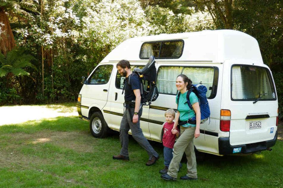 """Der kleine Camper-Van ersetzte die """"vier Wände""""."""