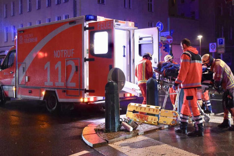 Schwer verletzt wurde der Mann ins Krankenhaus gebracht.