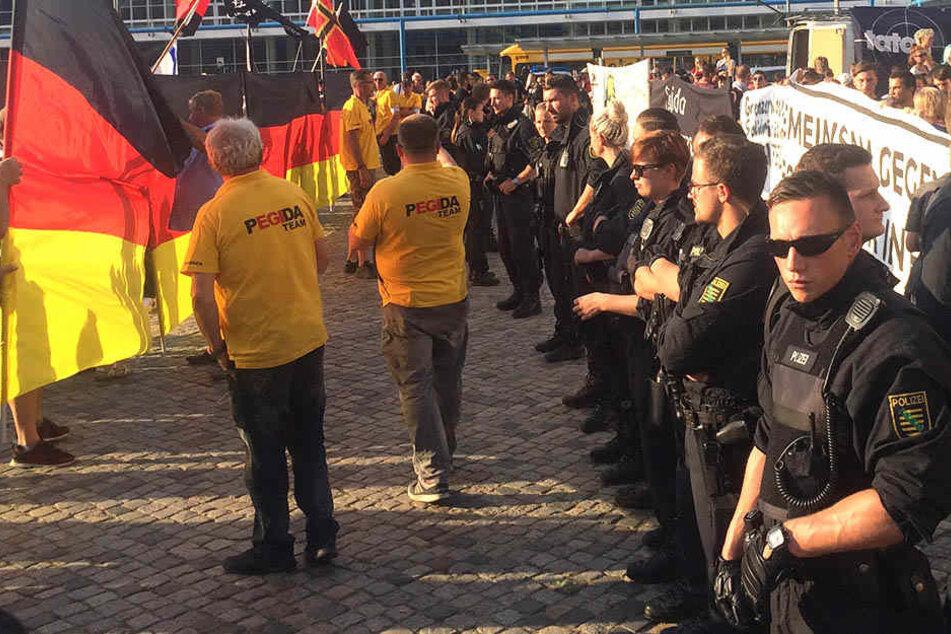Polizei musste mehrfach bei PEGIDA durchgreifen