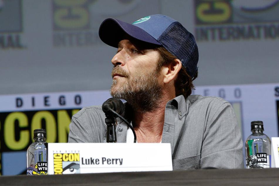 """Luke Perry von der Fernsehserie """"Riverdale"""" besuchte die Comic Con 2018 in San Diego."""