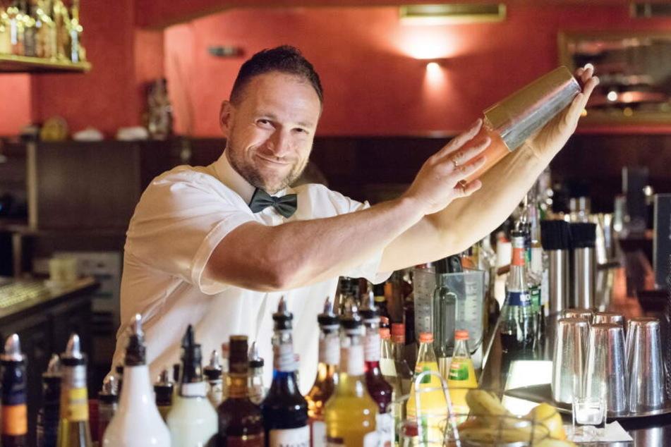Bar-Chef Tino Winkler (49) gab das Aus bei Facebook bekannt.