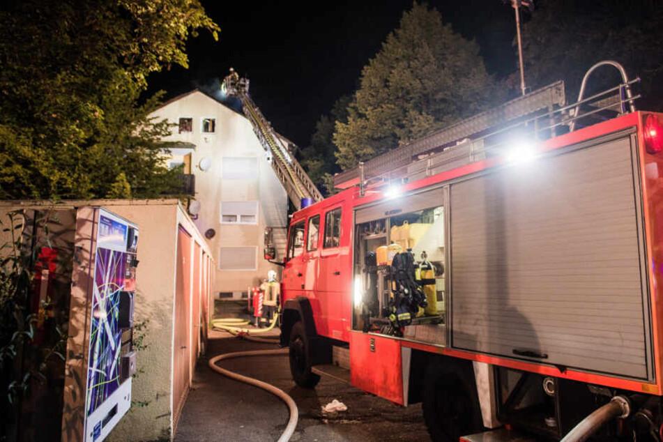 Verletzte und Millionenschaden bei Brand eines Mehrfamilienhauses