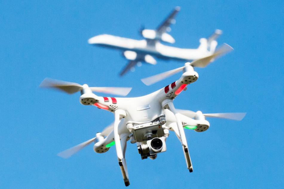 Drohnen helfen bei Personensuche, Branderkundung und Einsatzplanung (Symbolbild).