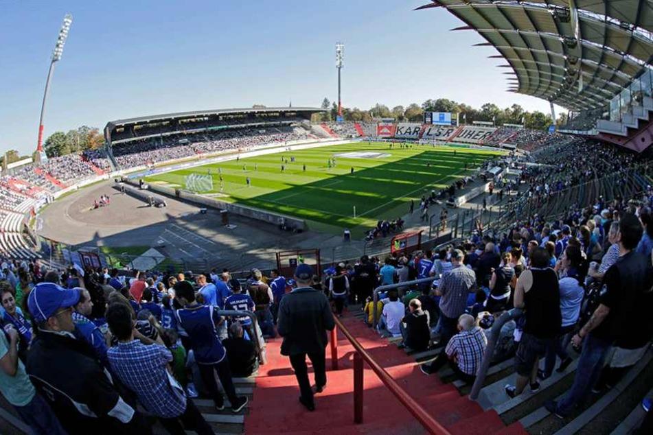 Gegen Dynamo Dresden dürfen fast keine KSC-Fans ins Wildparkstadion.