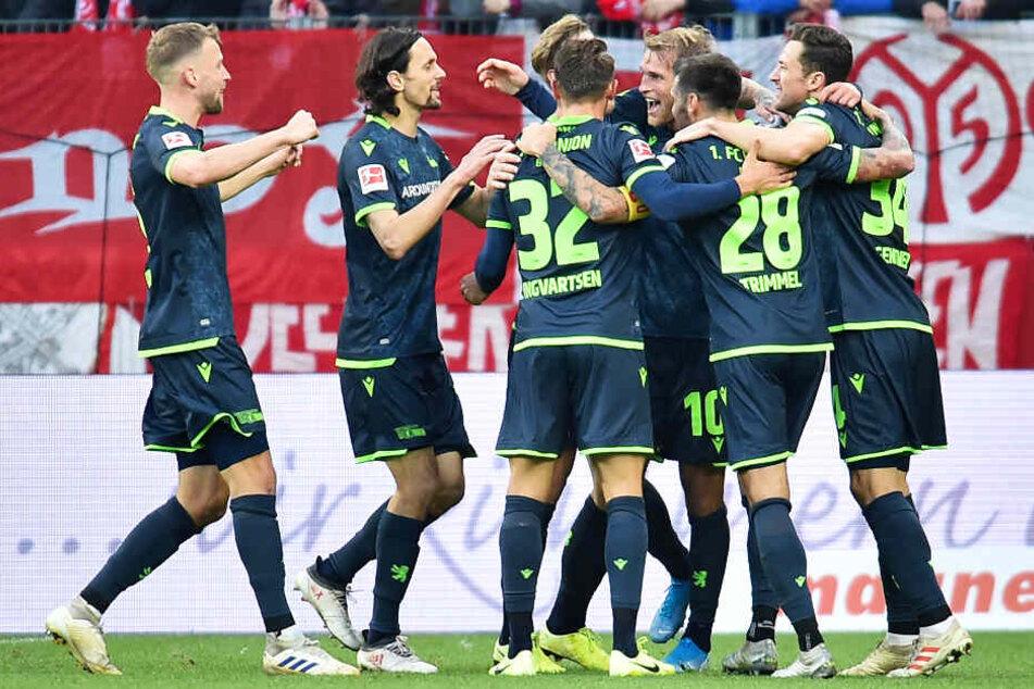 Der 1. FC Union Berlin konnte seinen ersten Auswärtssieg in der 1. Bundesliga feiern.