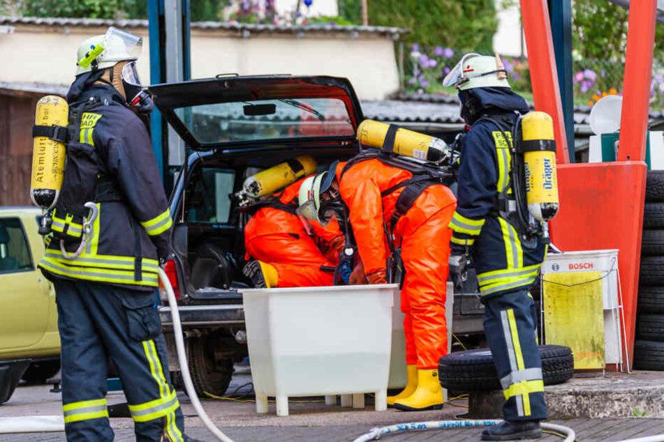 Weil Mann Wasserstoffperoxid tankte: Ganzes Wohnviertel evakuiert