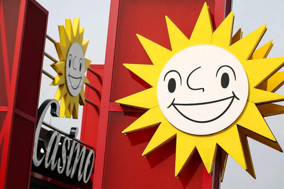 Der Streit zwischen dem Spielhallenbesitzer Gauselmann und dem Fachverband Glücksspielsucht soll am Donnerstag ein Ende finden. (Symbolbild)