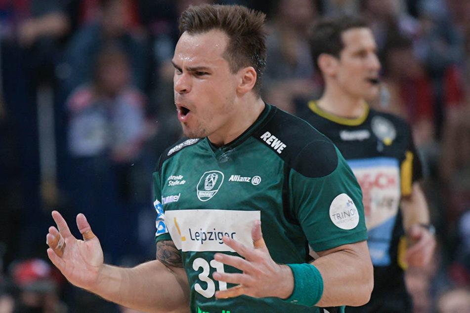Leipzigs Benjamin Meschke ärgert sich. Der THW Kiel war für den SC Dhfk eine Nummer zu groß.