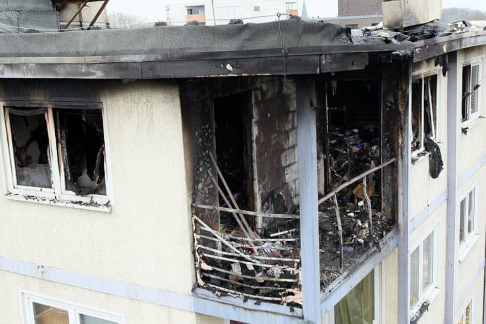 Nach 24 Stunden Flammeninferno in Hochhaus: Polizei findet Leiche