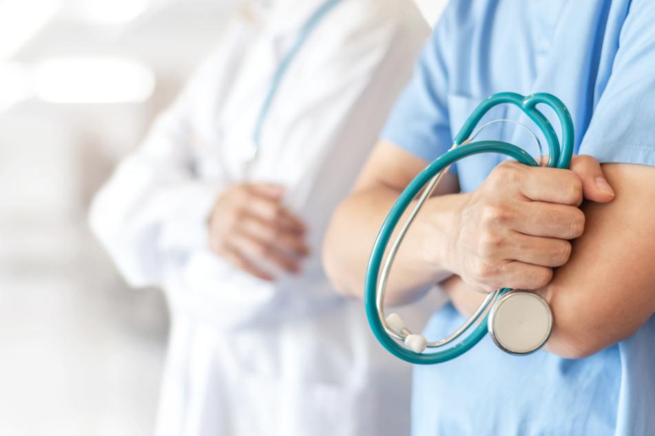 Wird die zweite Corona-Welle dazu führen, dass erneut Patienten den Kliniken fernbleiben (Symbolbild)?
