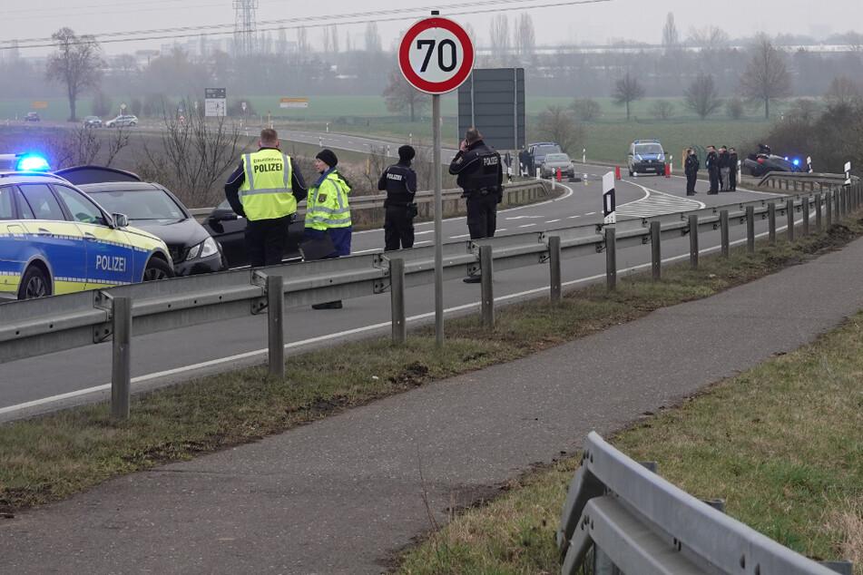 Pärchen flüchtet auf A2 vor Polizei: Vier Verletzte bei Verfolgungsjagd!