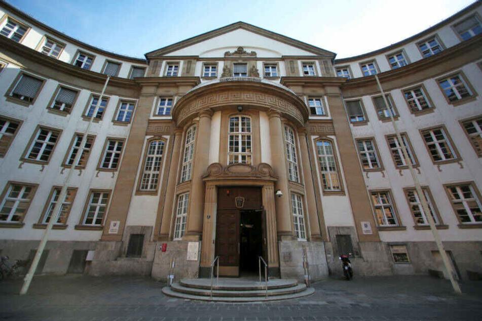 Das Amtsgericht Frankfurt hat die drei Ärztinnen am Mittwoch freigesprochen.