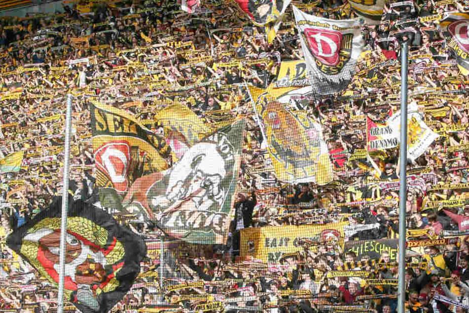 Der Rückgang der Zuschauerzahl war nur gering, an den Fans lag der bitterböse Absturz ihrer Schwarz-Gelben definitiv nicht.