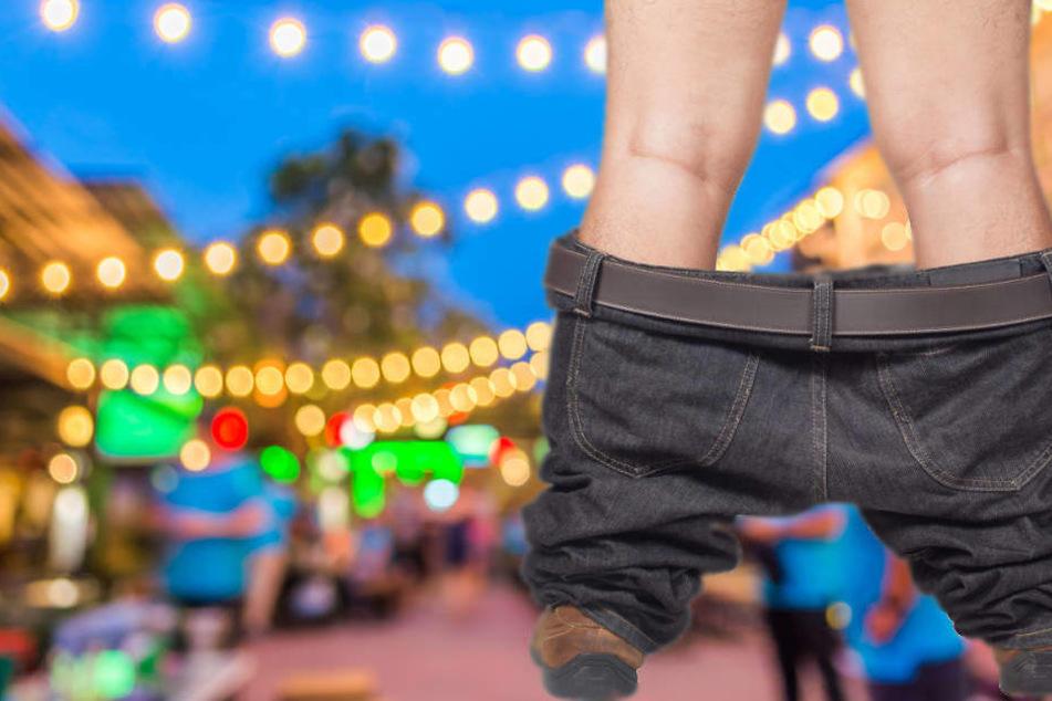 Hose offen, Glied hängt raus: 26-Jähriger schockt auf Straßenfest
