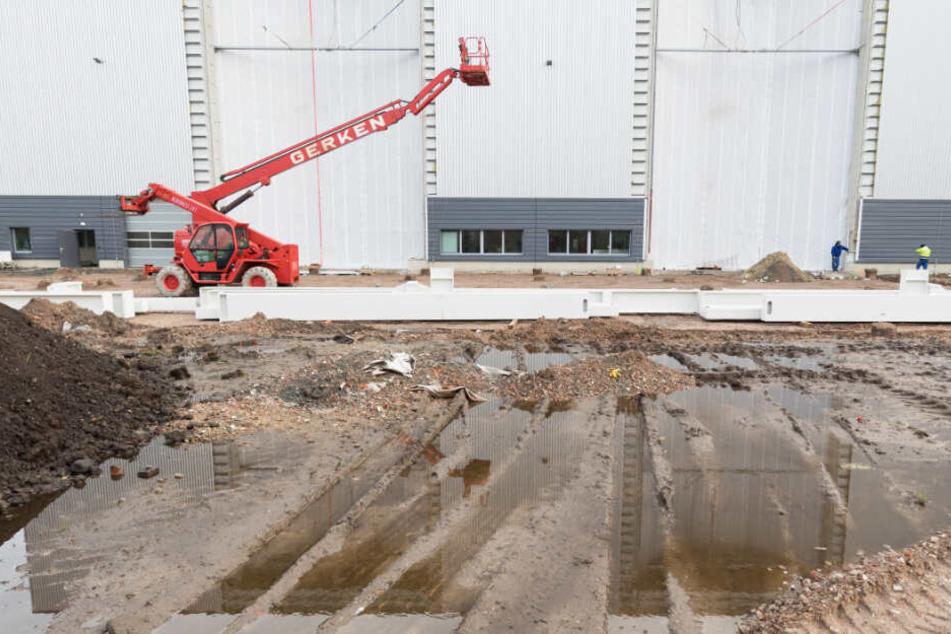 Für den Bau der Ariane 6 wurde eine neue Produktionshalle in Bremen gebaut. (Archivbild)