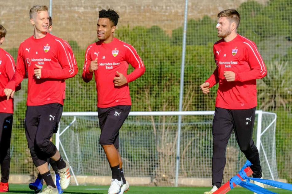 Esswein (er, hier ganz rechts) trainiert mit seiner neuen Mannschaft derzeit im spanischen La Manga.