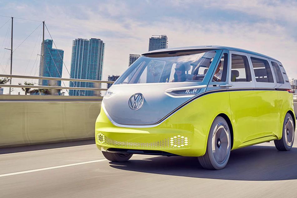 Der Volkswagen I.D. Buzz soll ab 2022 auf den Markt kommen und erinnert an den Ur-Bulli von Volkswagen.