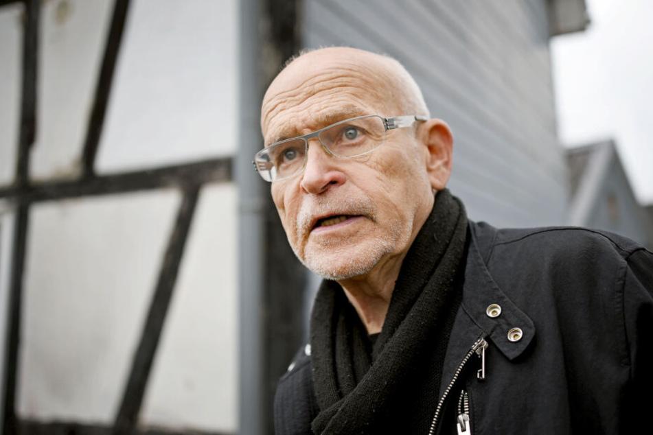 Günter Wallraff nach bösem Fahrradsturz wieder daheim