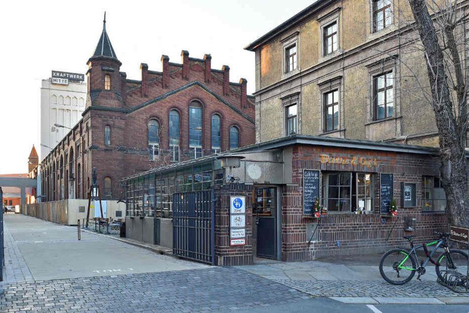 """Das Lichtwerk (mit dem Türmchen) wird zur Brauerei für das TUBier """"Lohrmanns"""""""