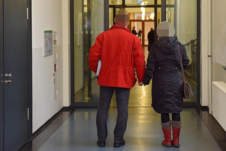 Dietmar W. (41) und seine Frau Karin (39, Namen geändert) sollten als Zeugen im Prozess gegen Sarah M. aussagen.