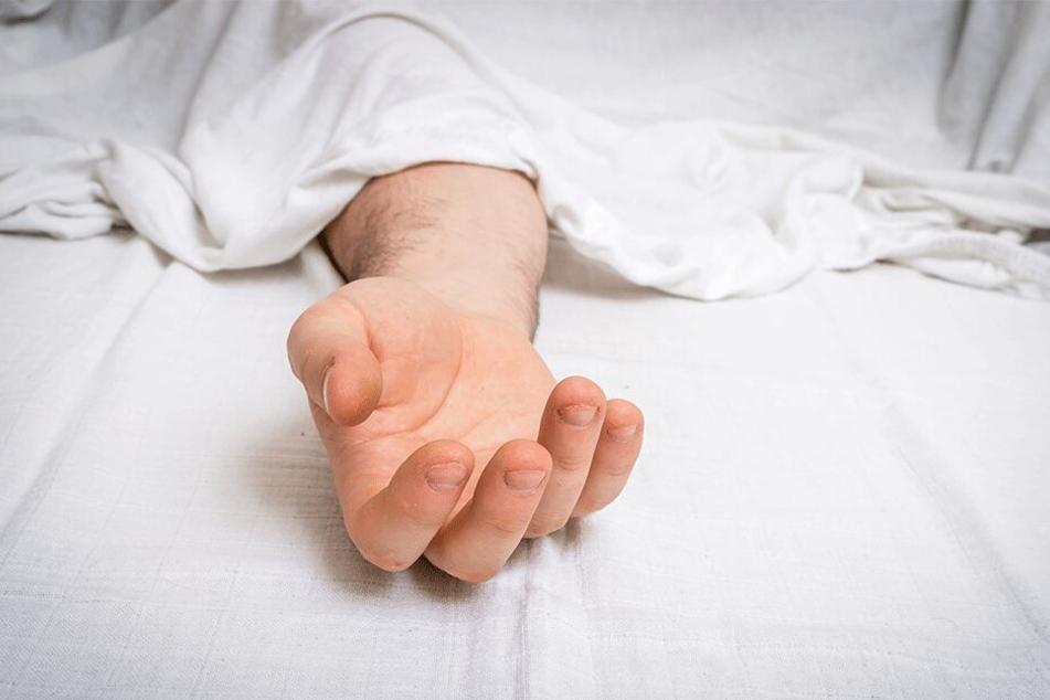 Joao Araujo (48) war bereits auf dem Weg ins Leichenschauhaus, als sich seine Hand wieder bewegte (Symbolbild).
