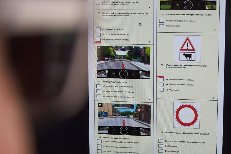 Mit Betrug zum Führerschein: Ersatzkandidaten zu Prüfungen geschickt