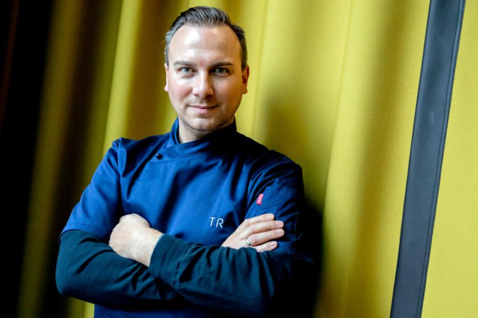 """Tim Raue, Koch, aufgenommen bei einem Pressetermin anlässlich der Vorstellung des Programms des Feinschmeckerfestivals """"eat! Berlin""""."""
