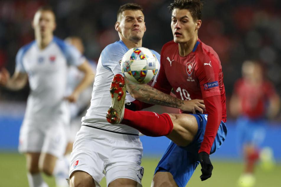 Der tschechische Nationalstürmer Patrik Schick (23) könnte Jean-Kévin Augustin bei RB Leipzig ersetzen.