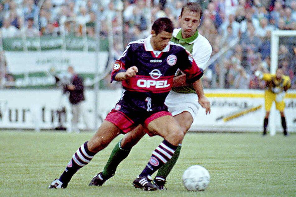 Steffen Ziffert (h.) spielte 1997 mit Sachsen Leipzig gegen die Bayern, duellierte sich in dieser Szene mit Ruggiero Rizzitelli.