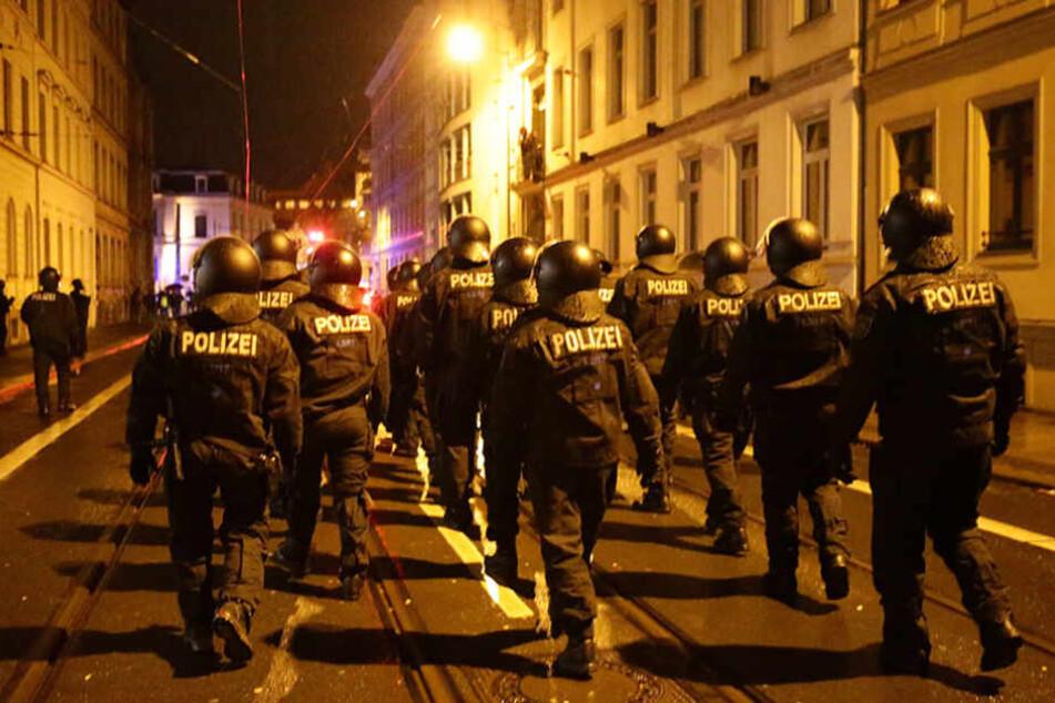 Ein Großaufgebot der Polizei stellte die Randalierer von Connewitz.
