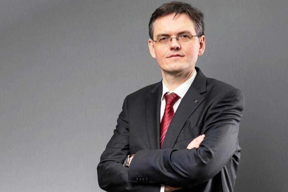 Oberstaatsanwalt Jürgen Schmidt (44).