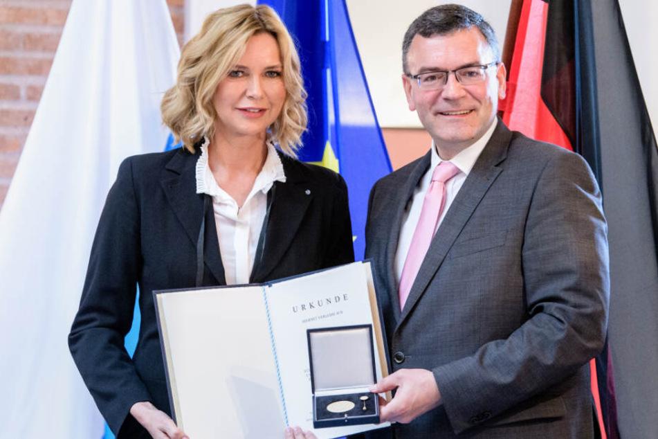 Veronica Ferres wurde mit der Bayerischen Europamedaille ausgezeichnet.