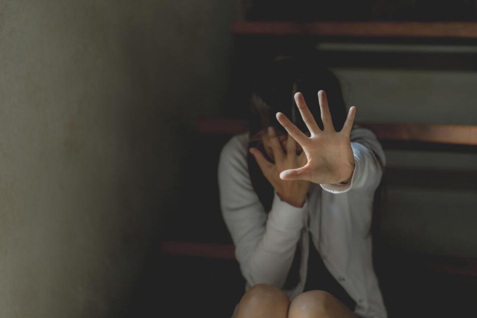 Auf dem Weg zum Gericht angezündet: Frau in Indien gestorben