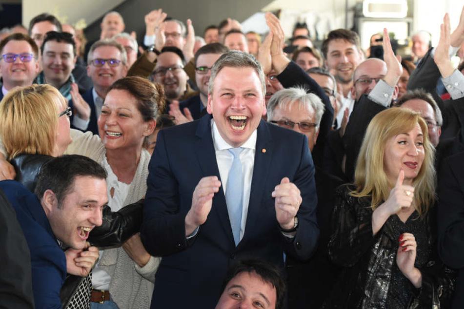 Dafür herrschte bei der CDU ausgelassene Stimmung.