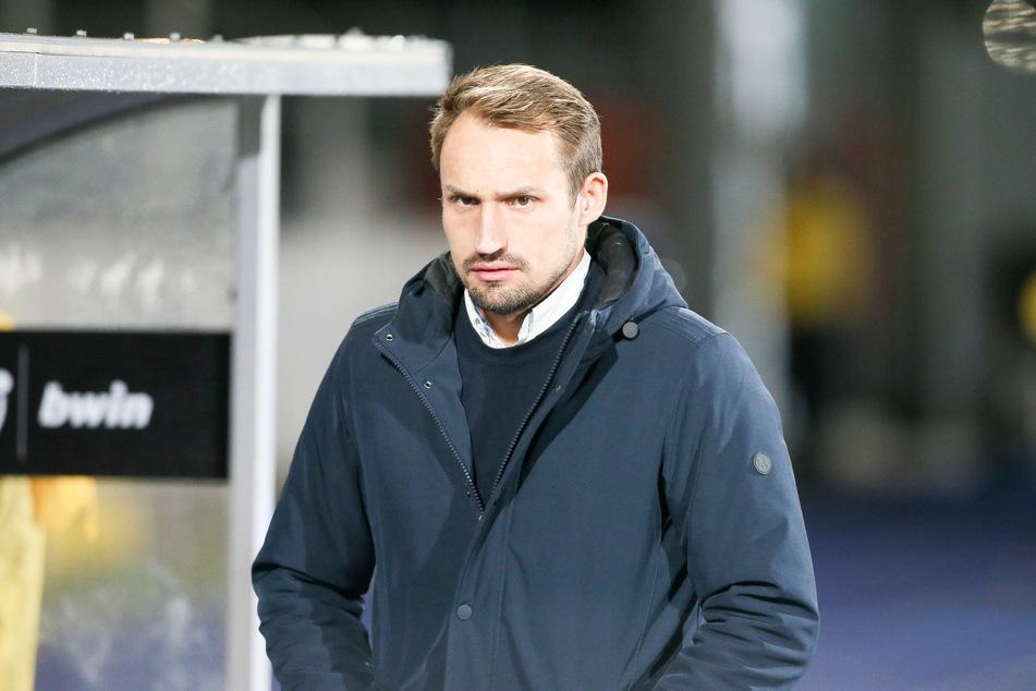 """Sportchef Wachsmuth will mit seinen """"Schwänen"""" nicht absteigen."""