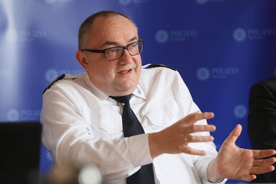 Polizeipräsident Conny Stiehl (60) kündigte ein neues Kommissariat gegen Kinder- und Jugendkriminalität an.