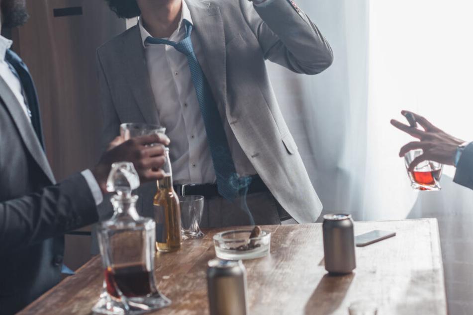 Junggesellenabschied nimmt böses Ende, weil Freund sich fiesen Scherz erlaubt