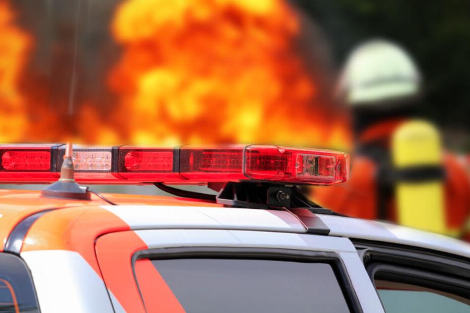 Feuer-Crash auf Kölner Militärring: Auto-Insassen schwer verbrannt