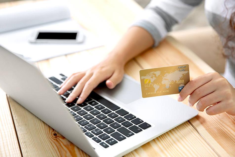 Beim Online-Shopping unterlief einer Frau ein verhängnisvoller Fauxpas.