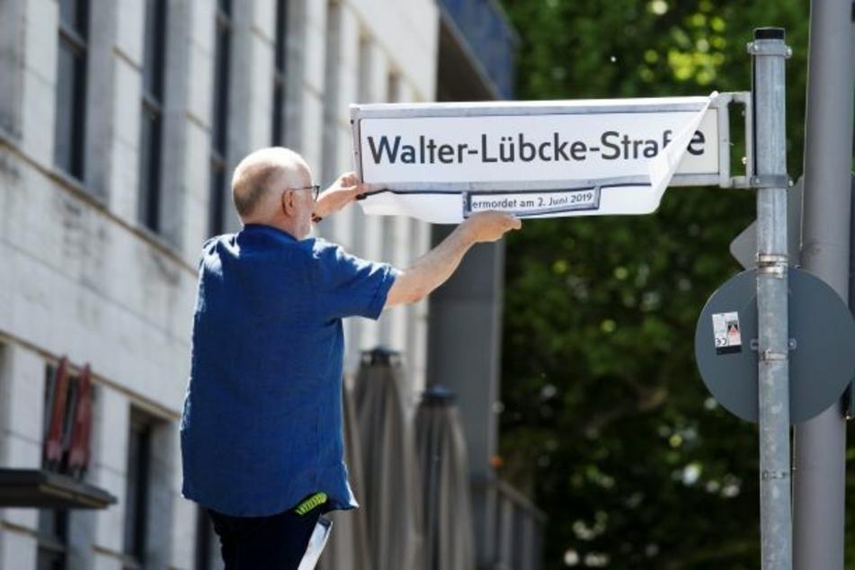 Ein Jahr nach Lübcke-Mord: Straße nach Politiker umbenannt