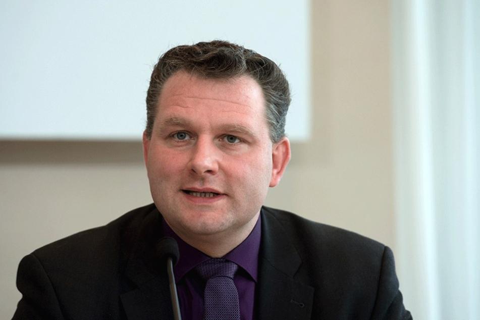 Christian Hartmann (42, CDU) könnte wegen einer Fahrt unter Alkoholeinfluss vor Gericht kommen.