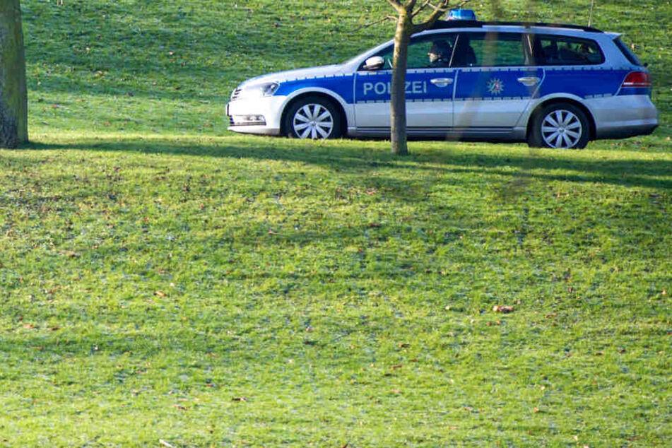 Auf der Bonner Hofgartenwiese am Kurfürstlichen Schloss gab ein Mann Schüsse ab. (Symbolbild)