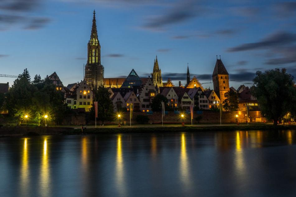 """So idyllisch wie auf diesem Foto ist die Stimmung in Neu-Ulm derzeit wohl eher nicht. Befürworte rund Gegner des """"Nuxit"""" stehen sich gegenüber."""