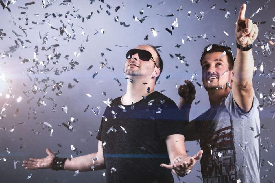"""Sebastian Seidel (34, l.) und Rico Einenkel (39) sind die Stars von """"Stereoact""""."""