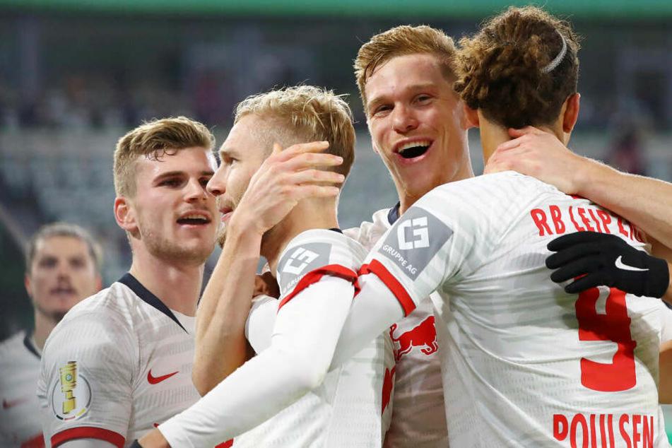 In der 2. Runde schaltete RB Leipzig den VfL Wolfsburg auswärts mit einem 6:1-Kantersieg aus.
